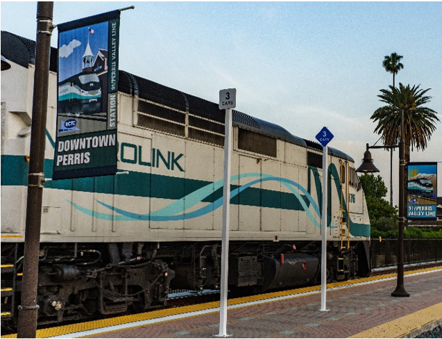 A train at the Downtown Perris station
